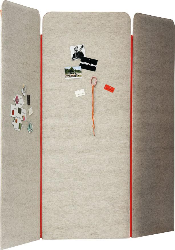 Een afbeelding van een akoestische ruimteverdeler op Akoestiekspecialist genaamd BuzziSpace BuzziScreen.