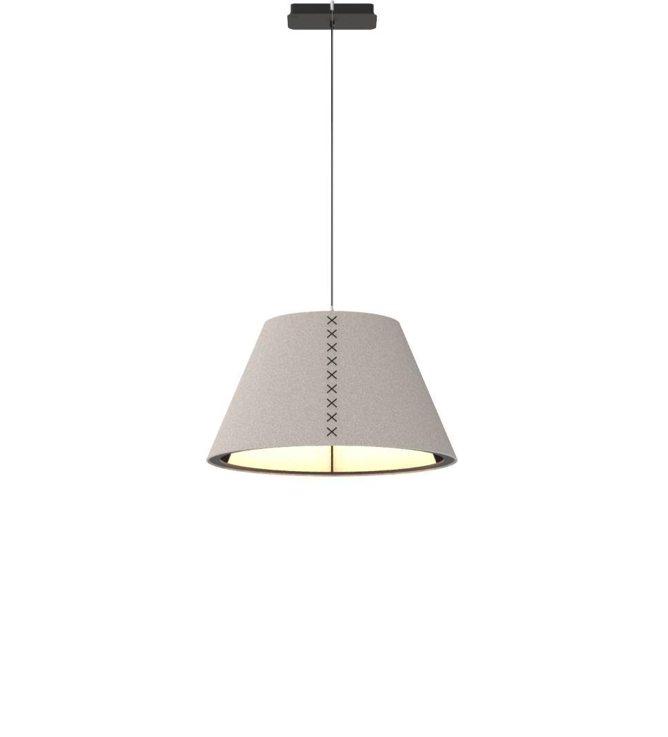 Een afbeelding van een akoestische hanglamp op Akoestiekspecialist genaamd BuzziSpace BuzziShade M.