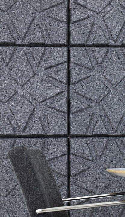 Een afbeelding van een akoestisch wandpaneel op Akoestiekspecialist genaamd Offecct Soundwave® Geo.